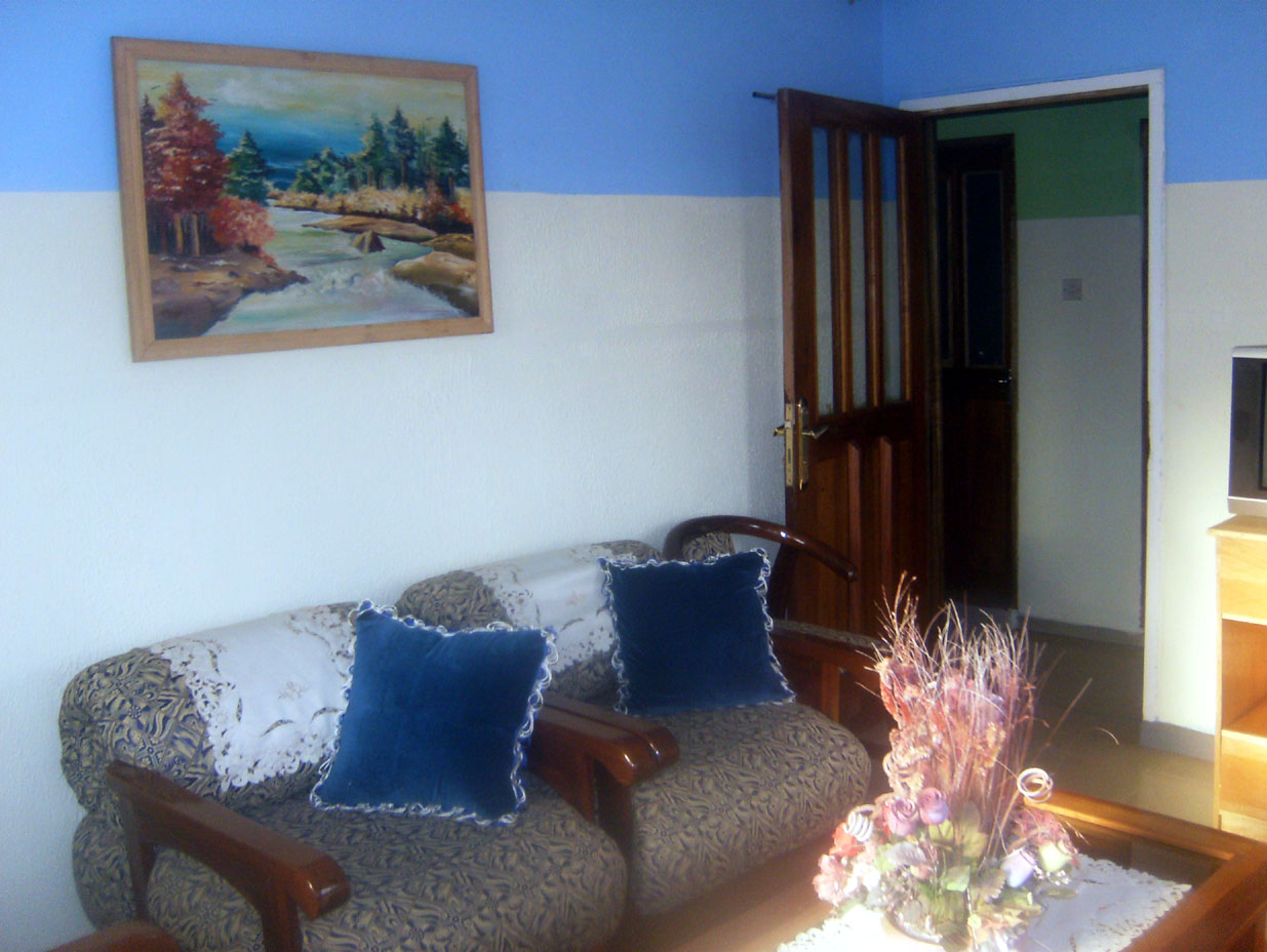 Living room - the amenities of Higggins Memorial Lodge