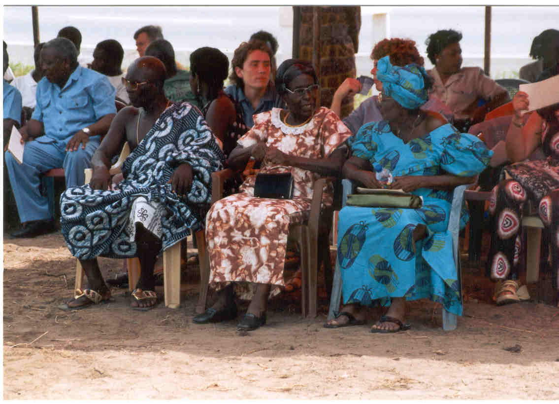 Mrs. Mary Ulzen (widow of JAF Ulzen, in tie-dye) and Mrs. Christiana Ulzen (widow of EA Ulzen, in blue) at inauguration of Edward A. Ulzen Memorial Foundation and opening of Elmina - Java Museum on 15 February 2003.